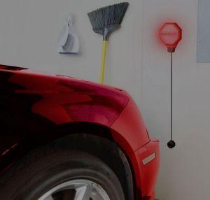 parking sensor dans le garage à la maison