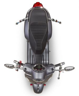 sangler un scooter