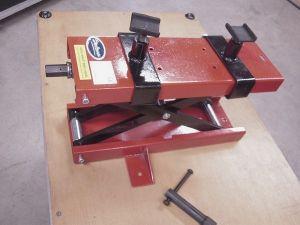 Elevateur mécanique à ciceaux